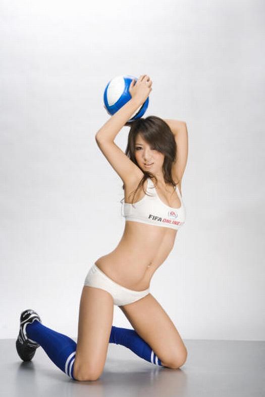sexy-asian-japanese-korean-babes-soccer-football13