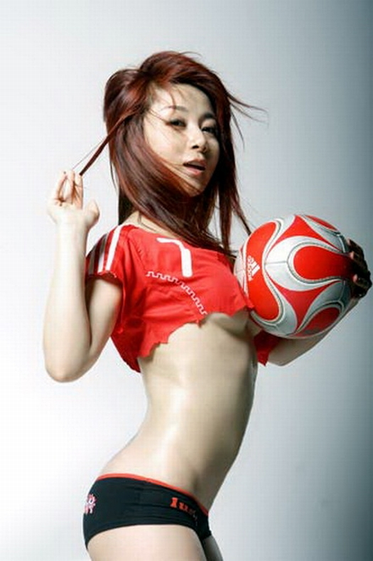 sexy-asian-japanese-korean-babes-soccer-football35