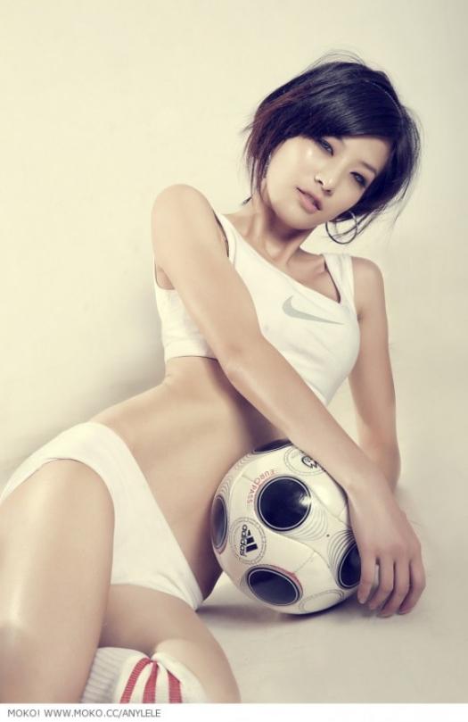 sexy-asian-japanese-korean-babes-soccer-football39