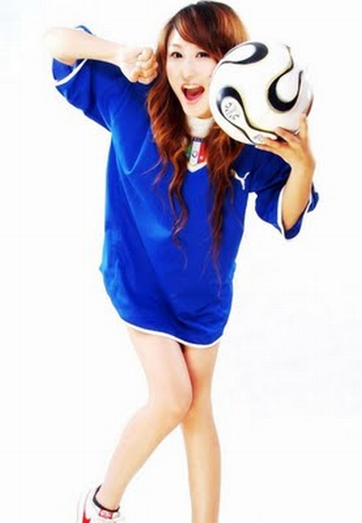 sexy-asian-japanese-korean-babes-soccer-football50