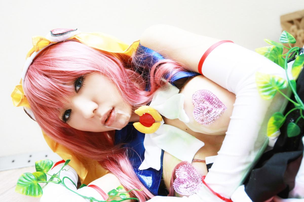 Sexy cosplay Misaki Hanamura 02