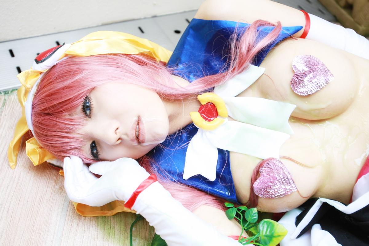 Sexy cosplay Misaki Hanamura 18